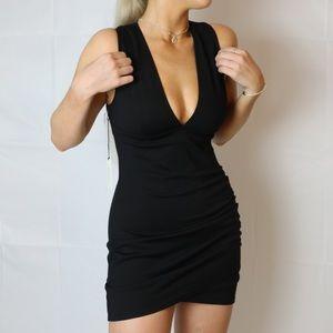 NEW Aritzia wilfred harrington dress (black)